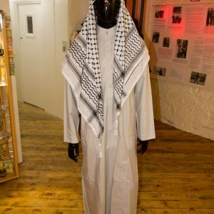 Traditional Palestine Clothes 1